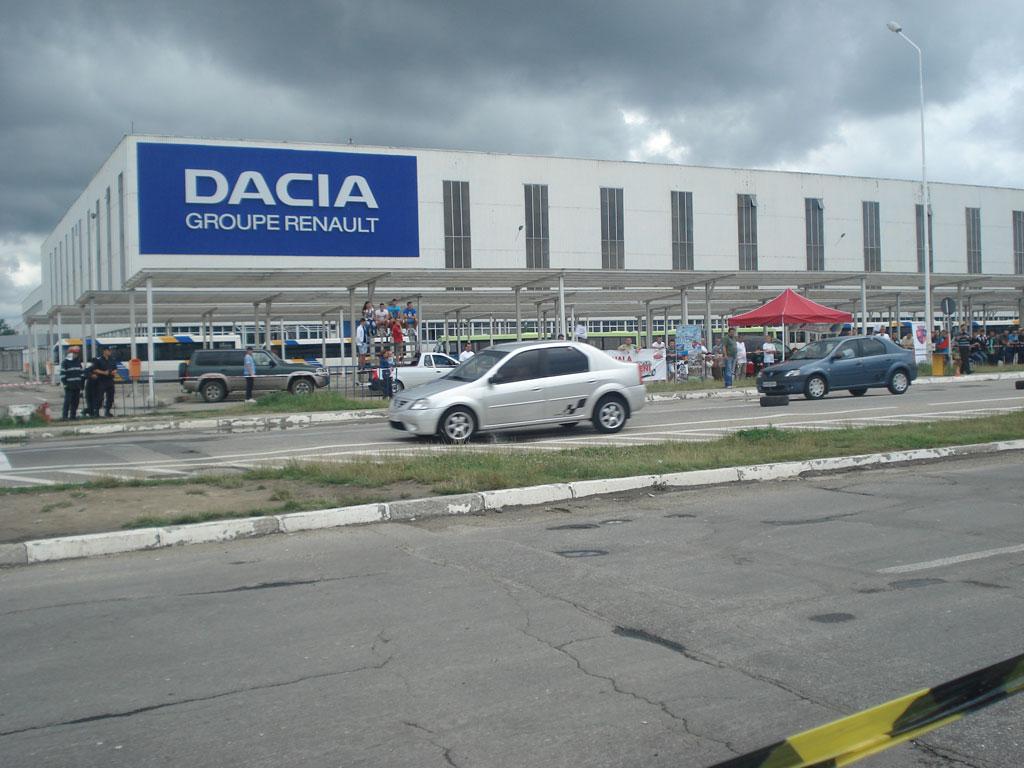 Dacia recheamă în service mii de maşini. Sunt vizate trei modele