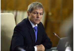 Cioloş îi cere lui Dragnea să părăsească viaţa publică: Un politician cu două condamnări nu poate să dicteze politica penală a statului