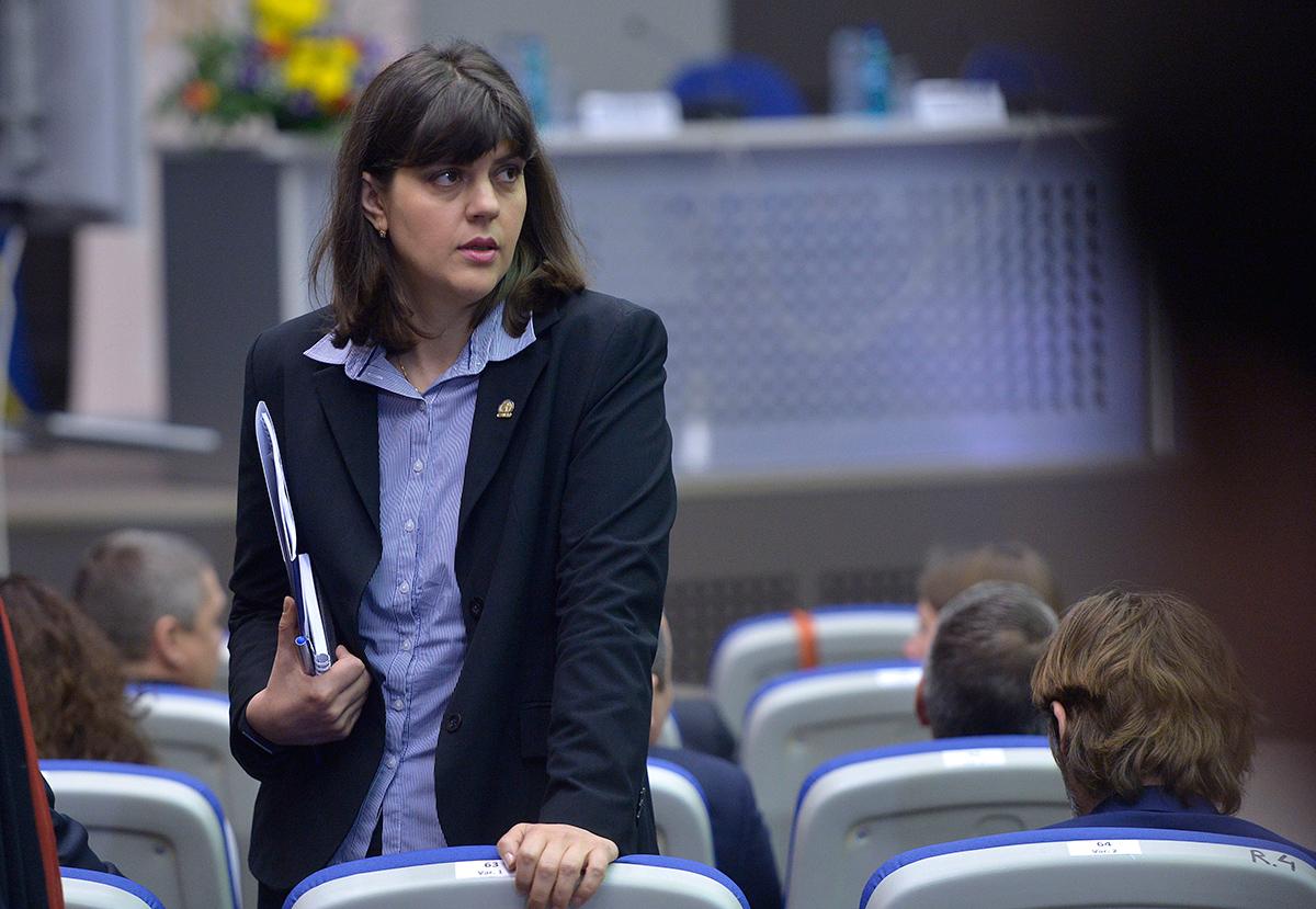 Cine va negocia cu membrii Consiliului pentru funcția de procuror-şef european. Kovesi, singurul candidat susținut de PE