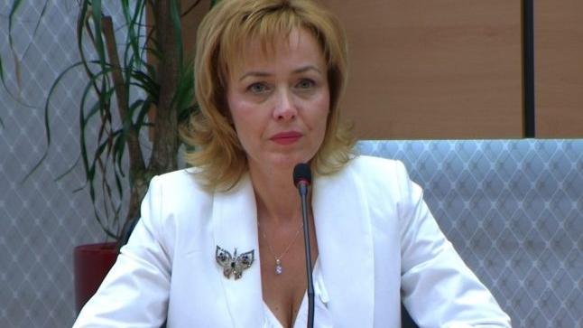 EVZ: Legătura dintre microfonul din casa lui Carmen Dan și demiterea șefului Poliției Române