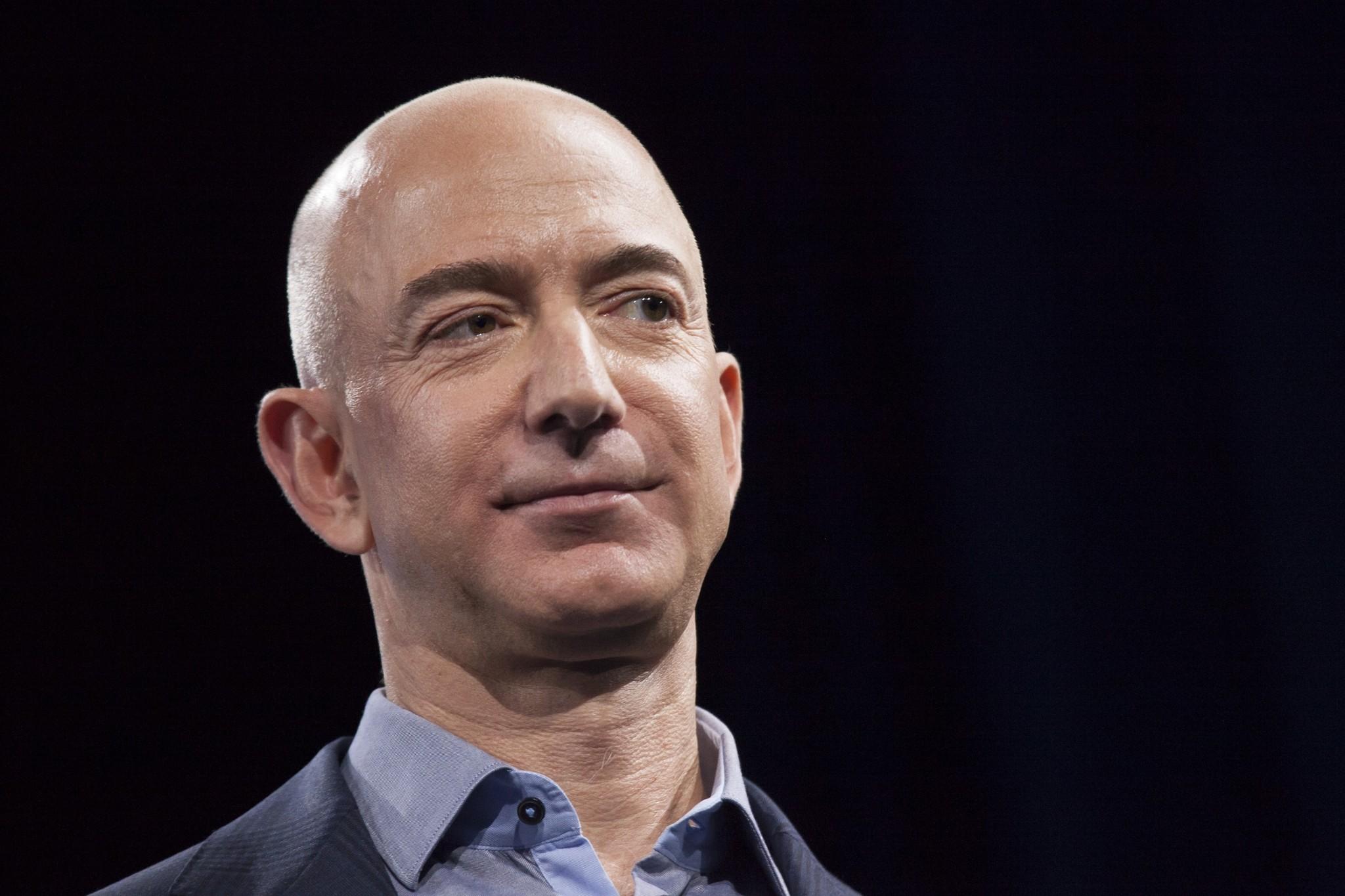 Lideri de succes: fascinanta poveste a lui Jeff Bezos, fondatorul Amazon