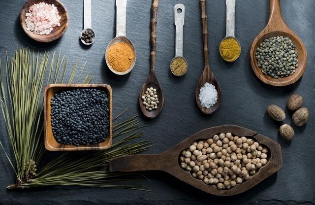 Top cinci surse extraordinare de proteine vegetale și beneficiile consumului lor