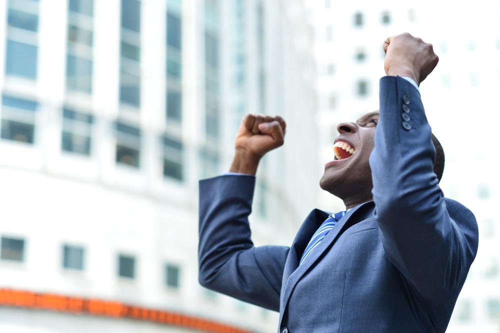 Cum te transformi dintr-un om normal într-unul de succes? Regula magică a celor cinci ore