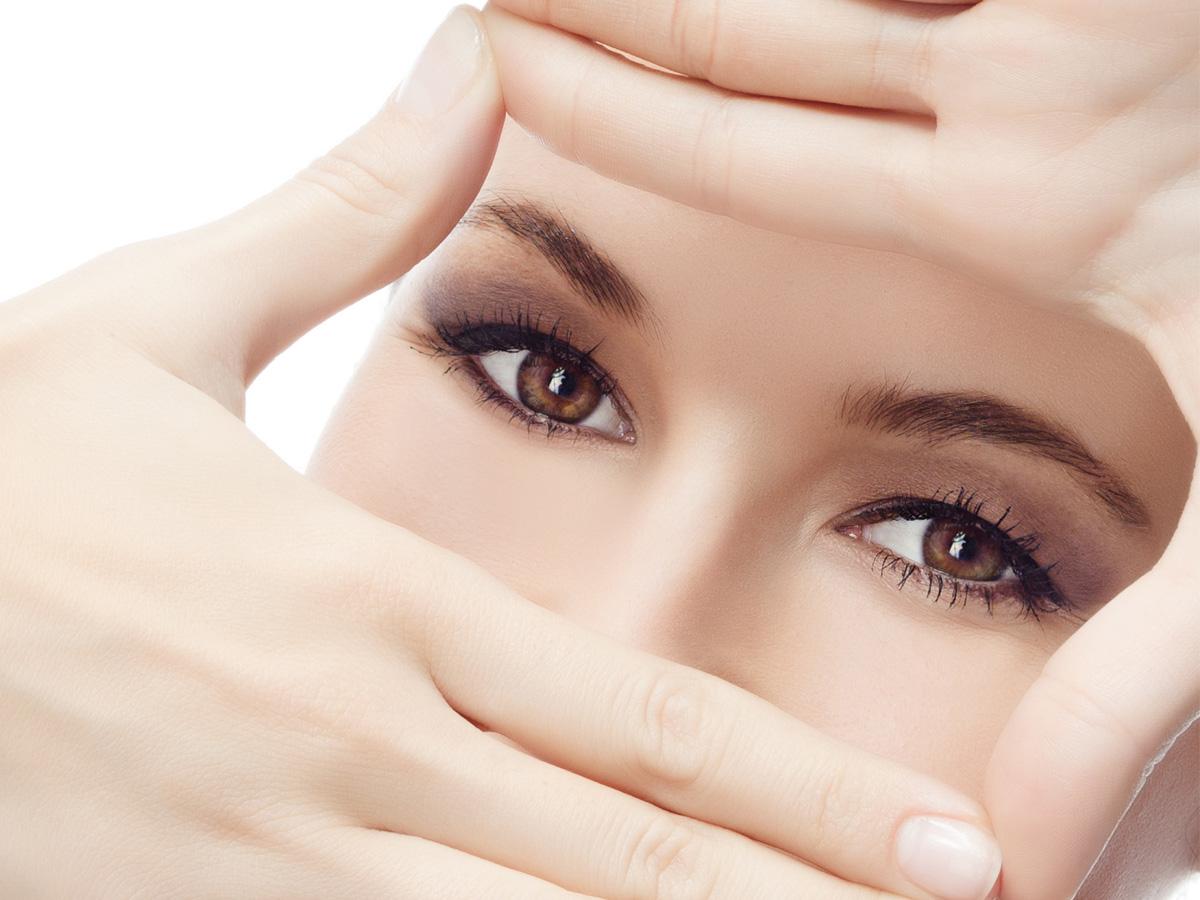 Cum ne protejăm ochii? Trei sfaturi de care oricine ar trebui să țină cont