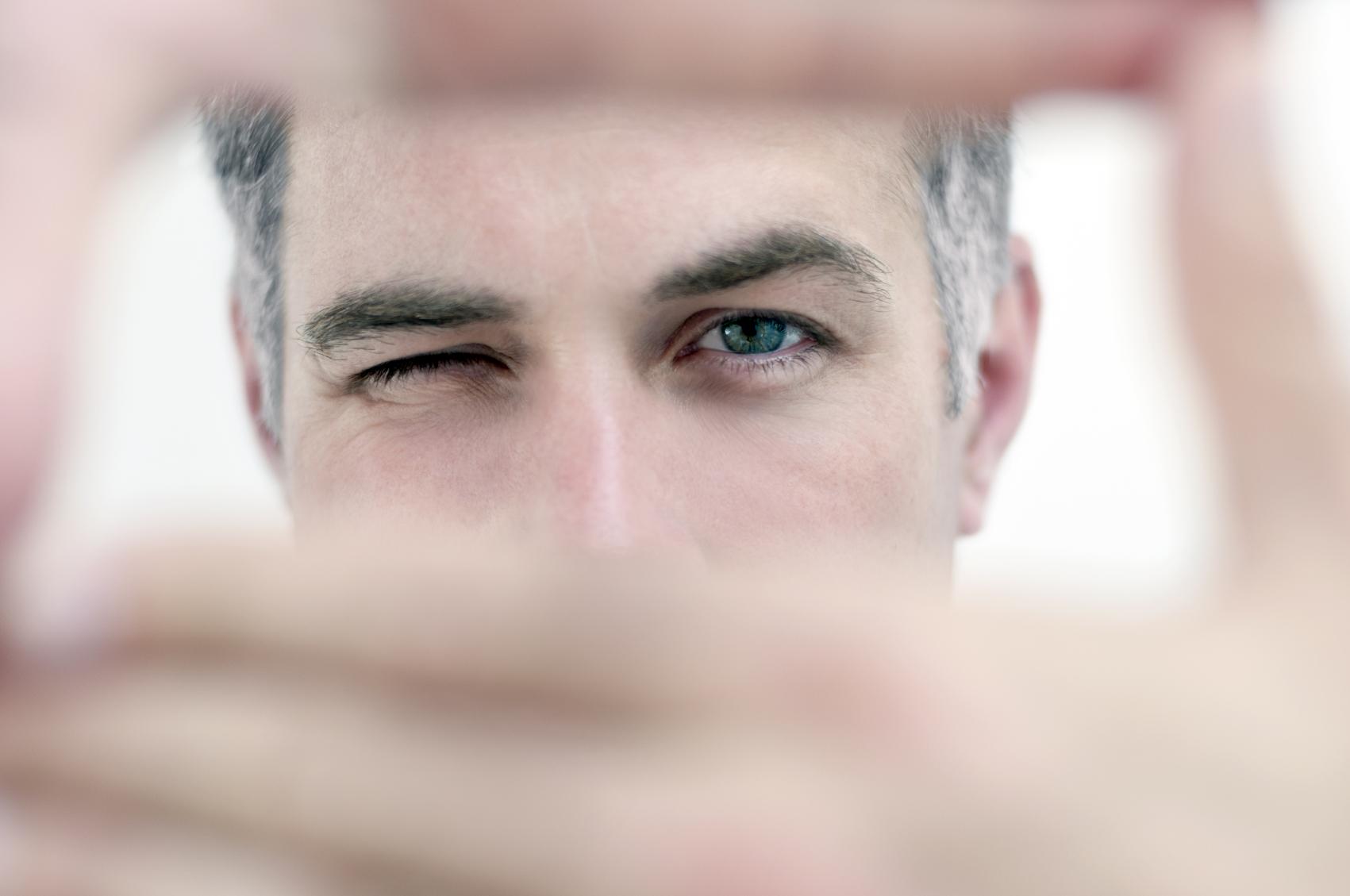 Trei reguli psihologice care îți vor schimba percepția despre oameni