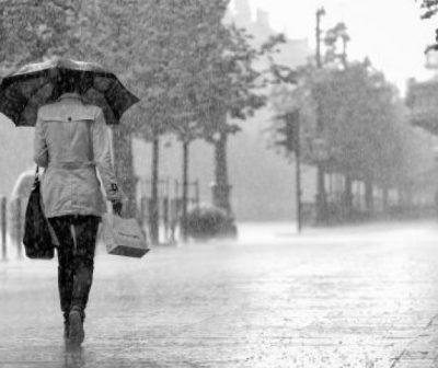 Cod galben de ploi abundente şi furtuni începând de vineri