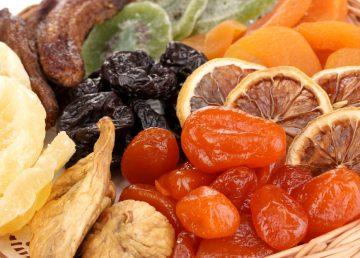 Fructele uscate, o alternativă sănătoasă la vitaminele din farmacii