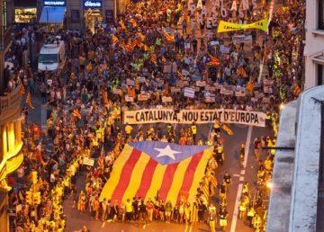Spania ridică autonomia Cataloniei