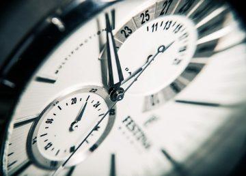 Patru modalități eficiente de a economisi mult timp în fiecare zi