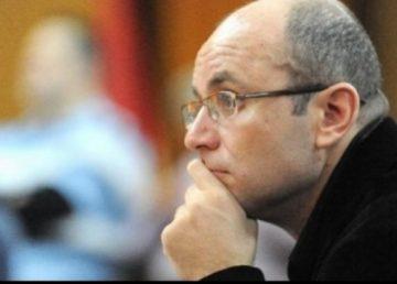 """Cozmin Guşă, sceptic în privința miniștrilor PSD. """"Nu au absolvit universități puternice, ci fabrici de diplome"""""""