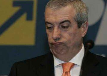 """Tăriceanu continuă războiul cu Iohannis. """"Este beneficiarul statului paralel"""""""