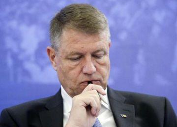Iohannis nu-l vrea premier interimar pe Stănescu