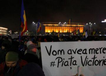 UPDATE. Liderii opoziției, la protestul față de modificările la legile Justiției. Mii de oameni protestează