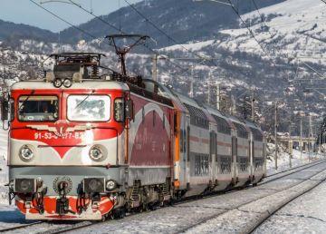 CFR: 13 trenuri anulate din cauza condițiilor meteo