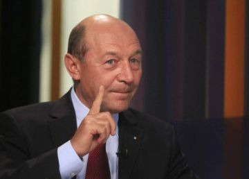 """Băsescu continuă războiul cu CNSAS. """"Deformează adevărul până la limita minciunii"""""""