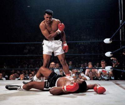 """Povestea celui mai mare boxer al secolului XX. """"Sunt un om obișnuit care a muncit din greu"""""""