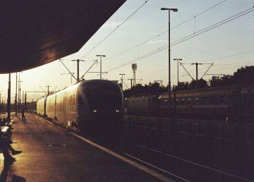 Circulaţia CFR, restricţionată la staţia Videle în perioada 25-30 ianuarie