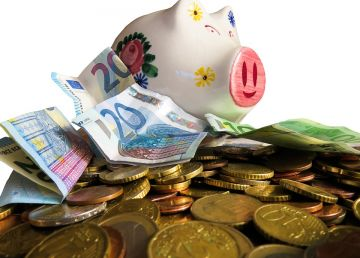 Cele trei motive pentru care tinerii nu au niciodată suficienți bani