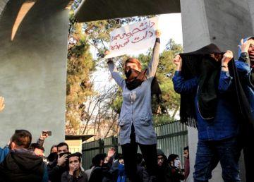 Cât va mai tolera regimul Rouhani protestele de stradă din orașele iraniene