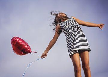 Vârsta la care suntem cel mai fericiți. Când ajungem să fim mulțumiți de banii pe care-i avem și de aspectul nostru fizic