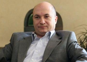 """Ștefănescu, alături de Drăghici la DNA: """"E abuzivă maniera în care se bagă în viața unui partid politic"""". Drăghici și-a cumpărat bolizi de lux din banii de subvenții"""