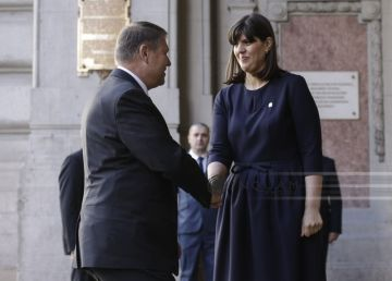 Iohannis a semnat decretul de eliberare din funcţia de procuror a Laurei Codruţa Kovesi