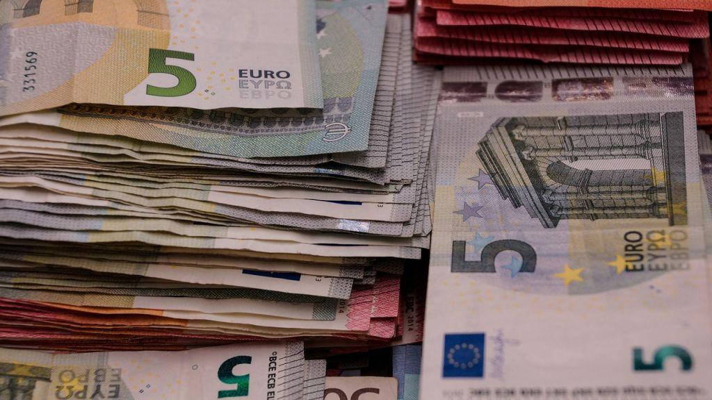 câștigați bani pe internet prin mobil