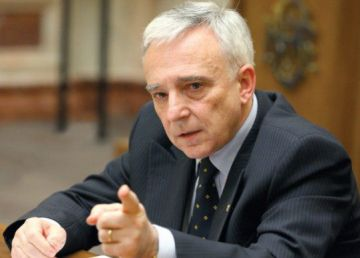 UPDATE. Comisia Europeană critică derapajele fiscale din România şi Ungaria