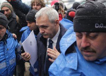 """Carmen Dan: """"Liviu Dragnea, protejat de jandarmi conform procedurilor"""""""