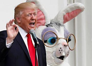 Trump, țința ironiilor internauților după ce a apărut la balcon alături de Iepurașul de Paște