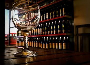 De ce vorbim diferit după ce consumăm alcool. Oamenii de știință au găsit explicația