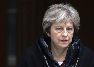 Adio, Brexit!Theresa May, în corzi