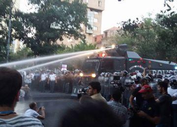 A zecea zi de proteste antiguvernamentale la Erevan