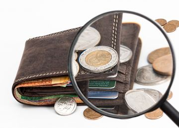 Cum sunt furați românii la rambursarea creditului. Soluții