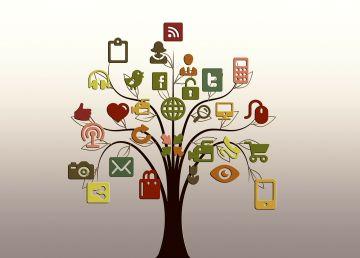 Tot ceea ce vedem pe Facebook și pe alte rețele sociale este fals! Iată de ce
