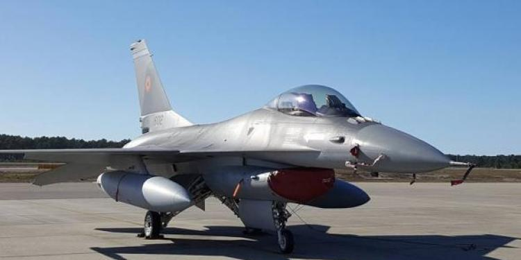 Fifor vrea să transforme Aerostar Bacău în hub regional de mentenanţă pentru avioanele F-16