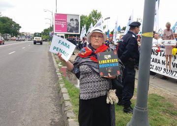 Protest în fața Parlamentului în ziua votării moțiunii de cenzură împotriva Cabinetului Dăncilă - 27 iunie 2018