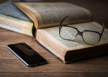 Oamenii care poartă ochelari sunt mai inteligenţi. Studiul care confirmă acest clişeu