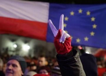România și Polonia, pe același drum al anihilării statului de drept