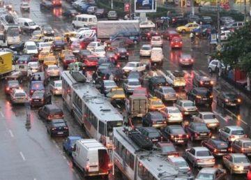 Să fie frumos, dar să nu facem nimic pentru traficul din București