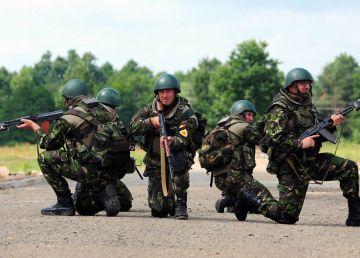 Ziua Armatei Române. Reacţia lui Victor Ponta cu privire la pensiile militarilor