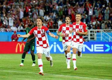 Ce ar face fotbaliștii români cu 23 de milioane de euro? Exemplul Croației