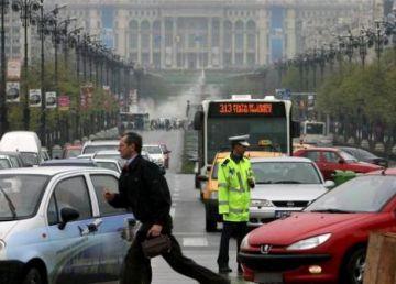 De astăzi, bucureștenii vor plăti mai mult pentru parcarea stradală