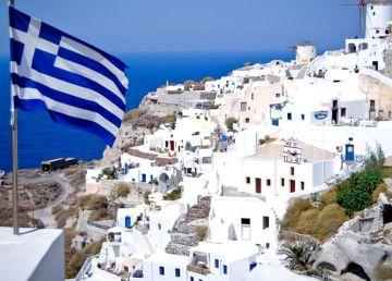 O nouă avertizare MAE pentru românii care pleacă în vacanţă în Grecia. Ploi, furtuni şi vânt puternic