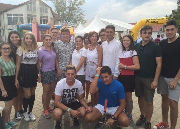 """Carmen Iohannis și-a dus elevii la tenis. """"Dacă tot avem Sibiu Open, atunci de ce să nu profităm de el?"""""""