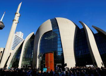 Erdogan a inaugurat cea mai mare moschee la Koln