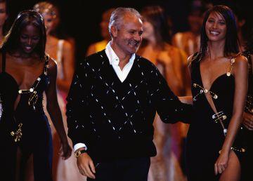Gianni Versace, designerul pentru care moda a fost un spectacol permanent