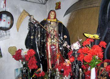 Din culisele războiului drogurilor. Santa Muerte, Sfântul Sufletelor Pierdute şi al Criminalilor