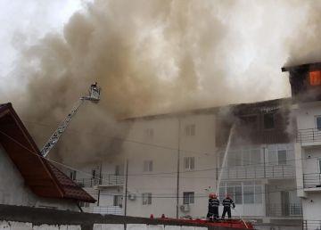 UPDATE. FOTO. 30 de familii sunt afectate în urma incendiului de la Chiajna. Se caută soluţii pentru cazarea acestora