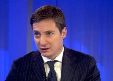"""Andrei Caramitru: """"Dragnea și Vâlcov ne fură pensiile. Ce putem face?"""""""